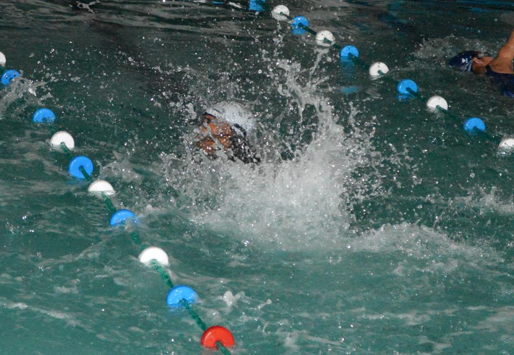 Llegan las vacaciones y la oportunidad de nadar todos los días en horarios especiales. Haz clic sobre la foto para ver la información.