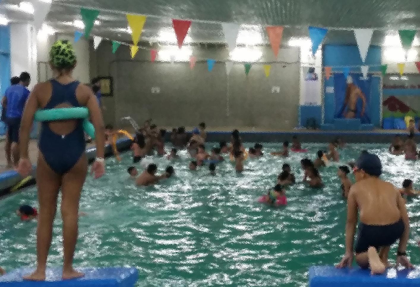 Desde el 17 de julio y hasta el 30 de septiembre está disponible el Plan Vacacional 2017: una semana completa de actividades en la piscina. Haz clic para mayor información.