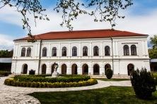 Budapest es gran destino turístico por sus imponentes edificaciones históricas.
