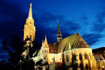 Las huellas del pasado imperial de Budapest están por todas partes.